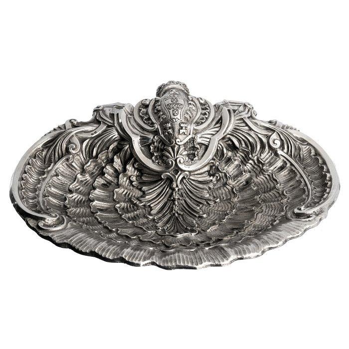 D. João V style silver shell