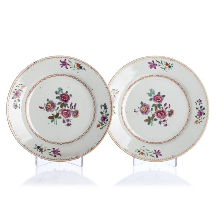 Pair of 'famille rose' plates in Chinese export