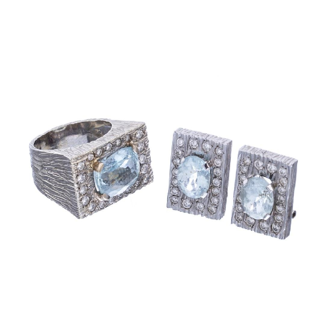 White gold set with diamonds and aquamarines