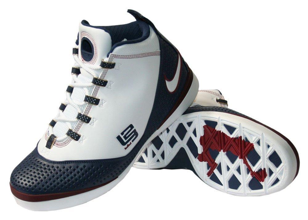SIZE 8.5 M Nike Lebron Zoom Soldier II
