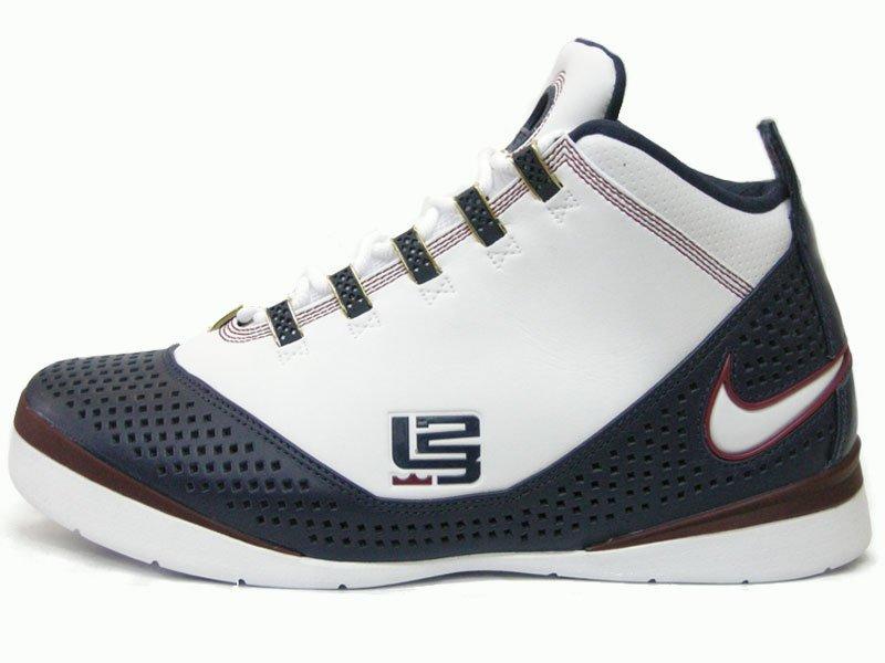 SIZE 8.5 M Nike Lebron Zoom Soldier II - 2