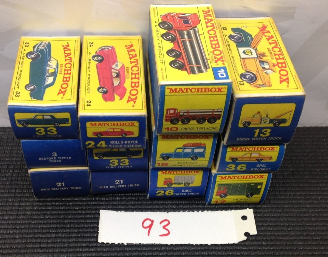 lot 0f 12 matchbox