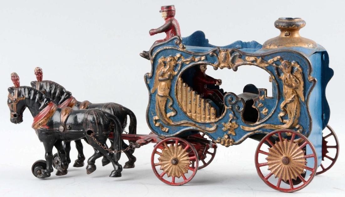Hubley Cast Iron Royal Circus Horse Drawn Calliope. - 2