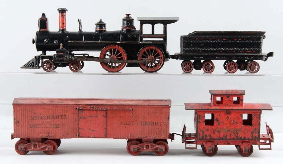 Wilkins 4 Piece Freight Cast Floor Train. - 2