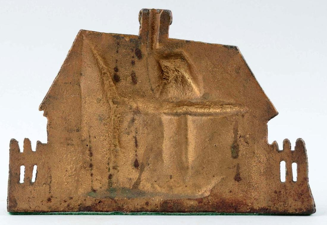 Cast Iron Cape Cod Cottage With Thatched Roof Doorstop. - 2