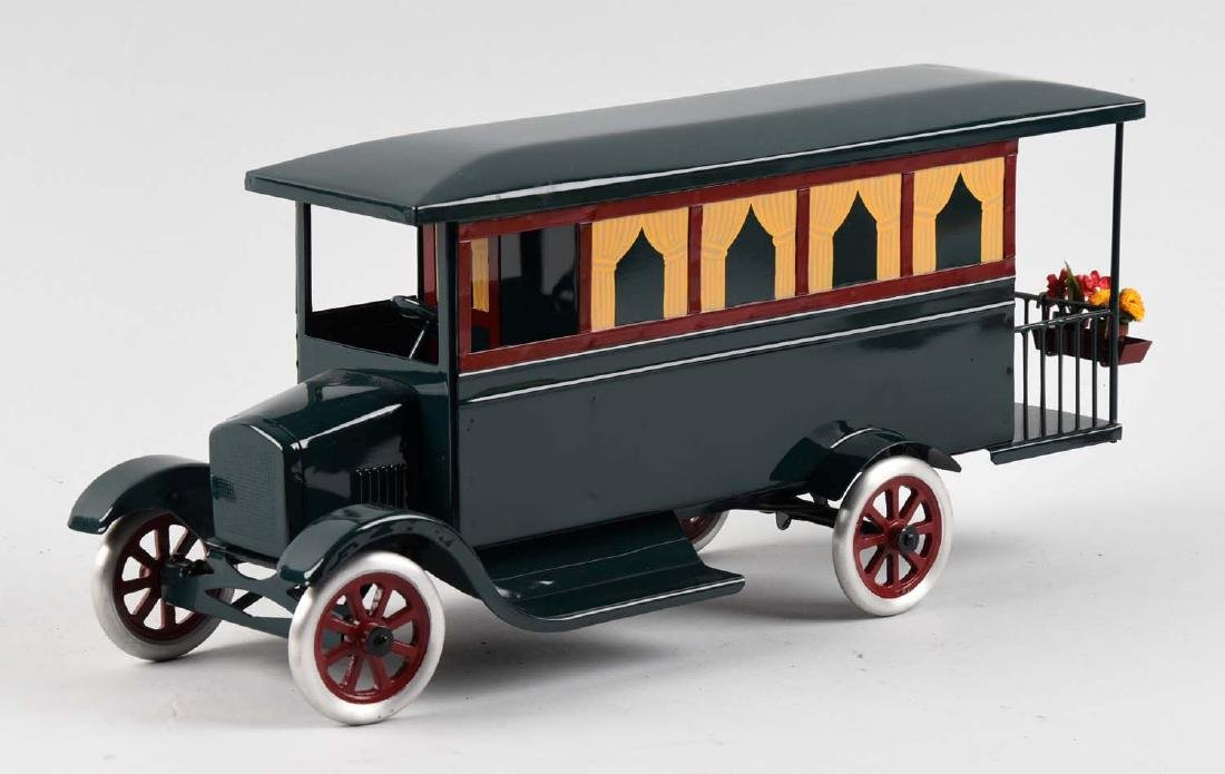 Pressed Steel Cowdery Toyworks Hard To Find Motor Home - 2