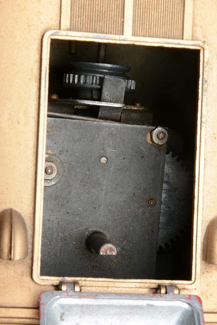 Pressed Steel Orkin Clockwork Runabout. - 5