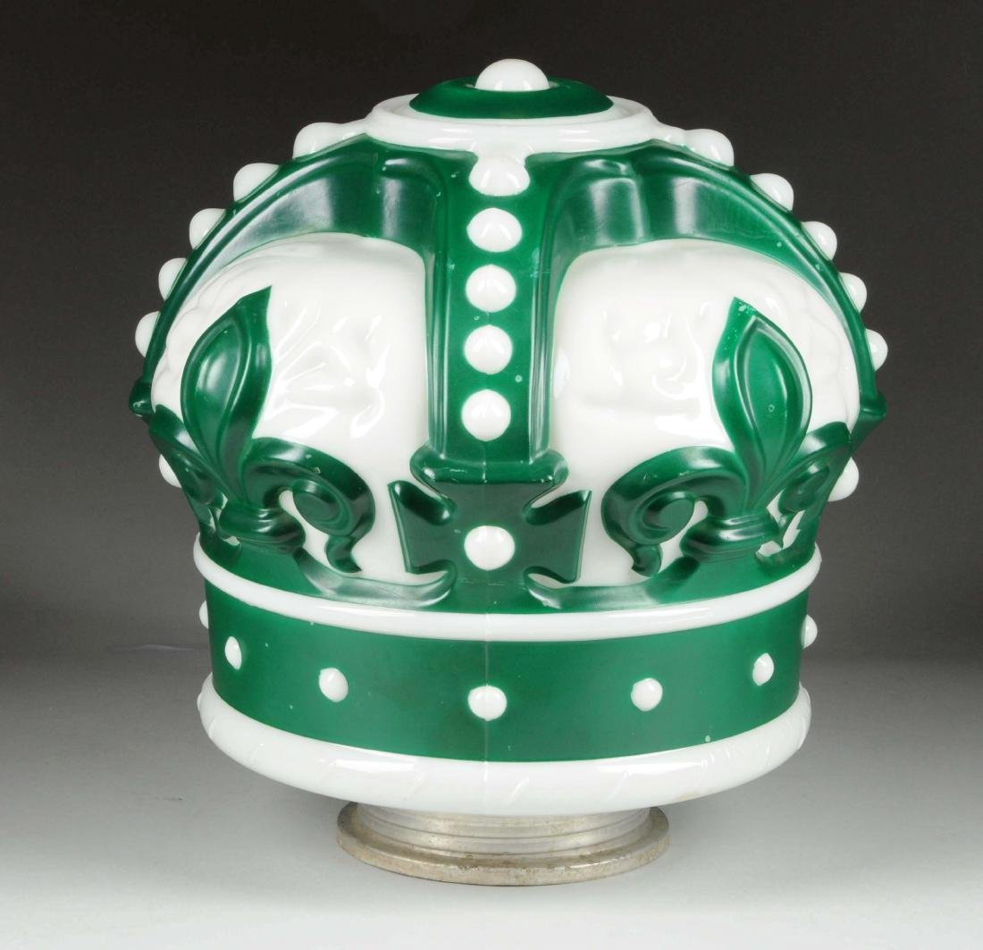 Standard Oil of Indiana Green Crown OPC Globe. - 2