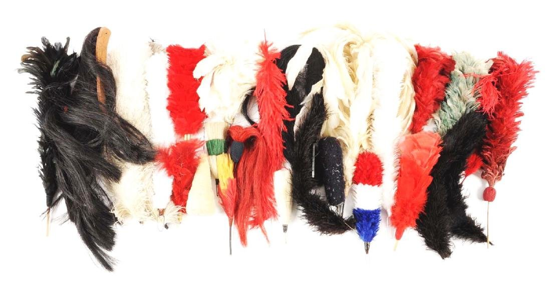 Large Lot Of Plumes & Head Gear Accessories. - 4