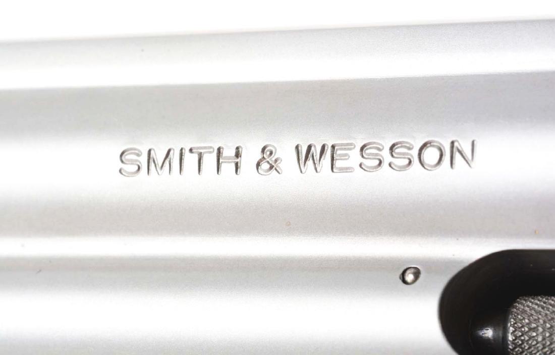 (M) Cased S&W Model 617-2 Double Action Revolver. - 3