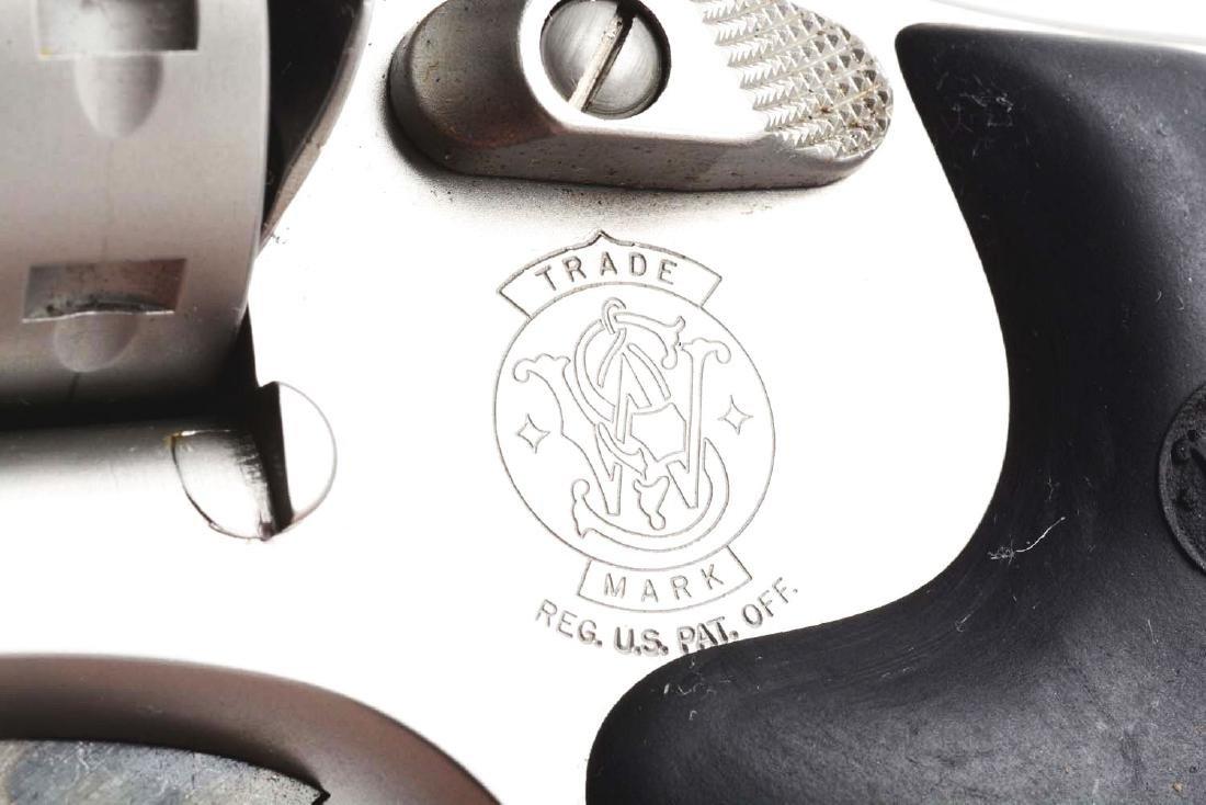 (M) Cased S&W Model 617-2 Double Action Revolver. - 5