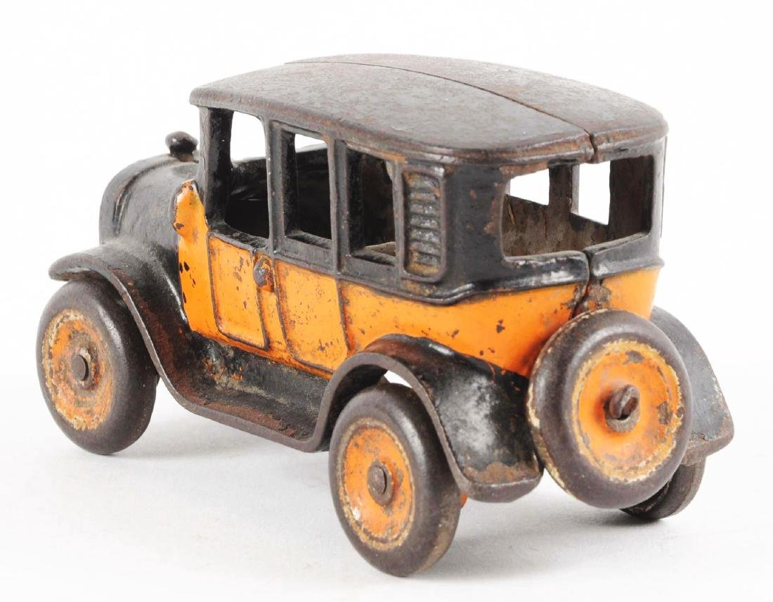Small Arcade Cast Iron Taxi. - 3