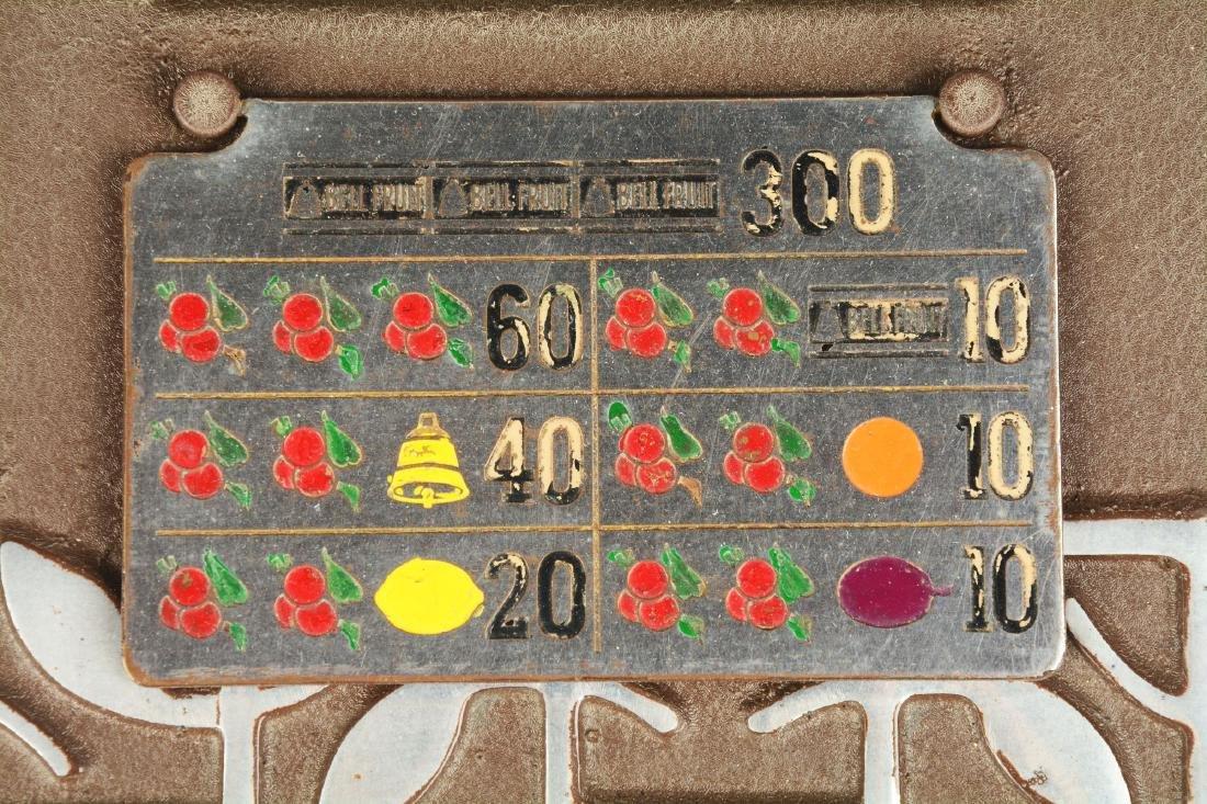 **5¢ Mills QT Smoker Slot Machine. - 6