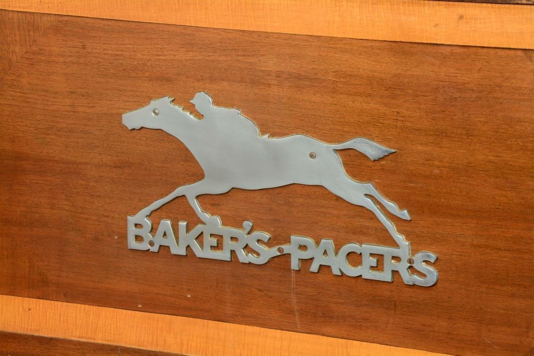 **5¢ Baker's Pacers Console Slot Machine. - 4