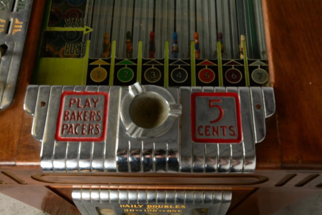 **5¢ Baker's Pacers Console Slot Machine. - 6