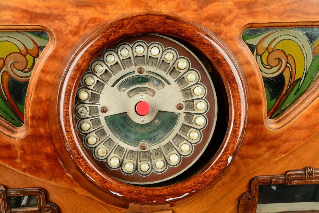 "Multi-Coin Wurlitzer ""Victory"" Jukebox. - 4"