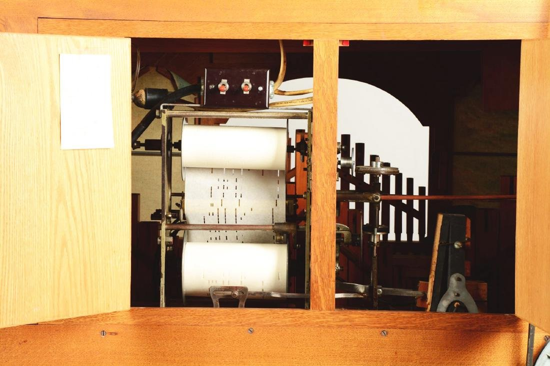 Wurlitzer Carousel Organ. - 9