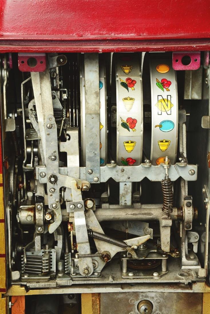 **5¢ Mills Bonus Bell Hi-Top Slot Machine. - 5