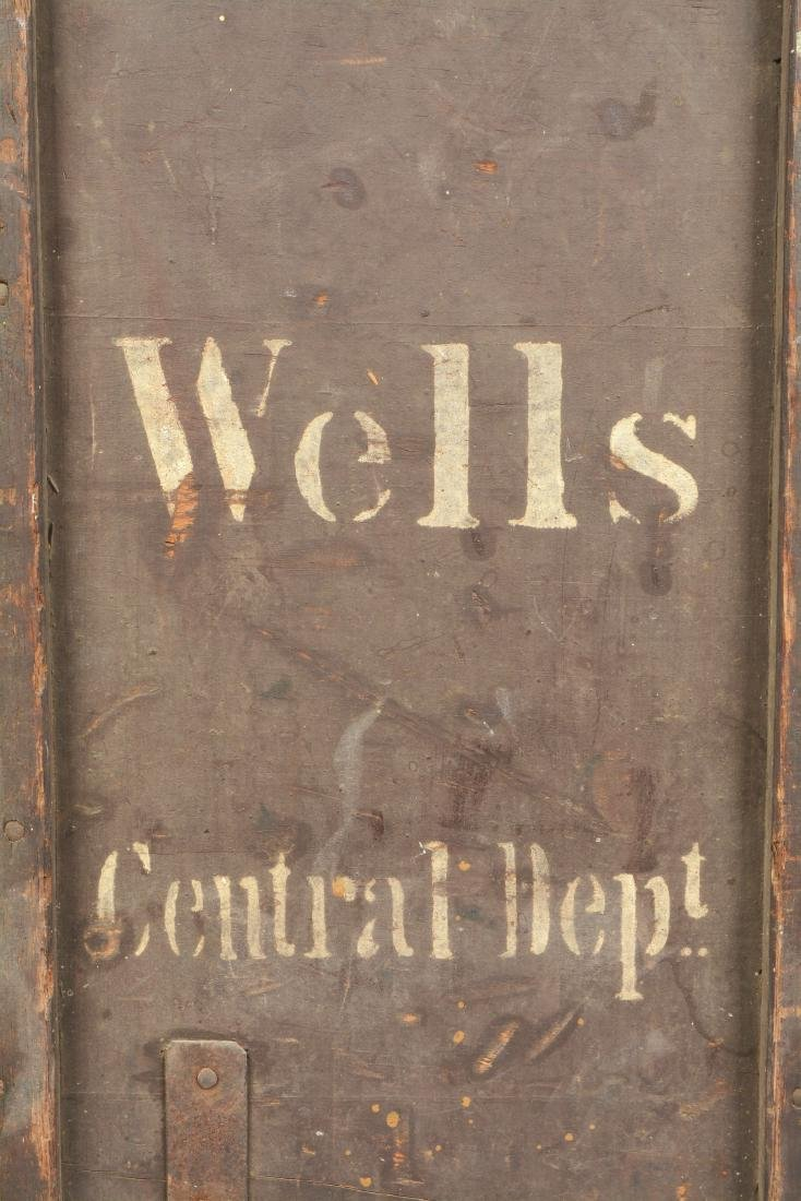 Large Wells Fargo Packing Trunk. - 4