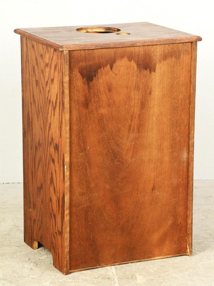 Oak Cabinet Slot Machine Stand. - 2