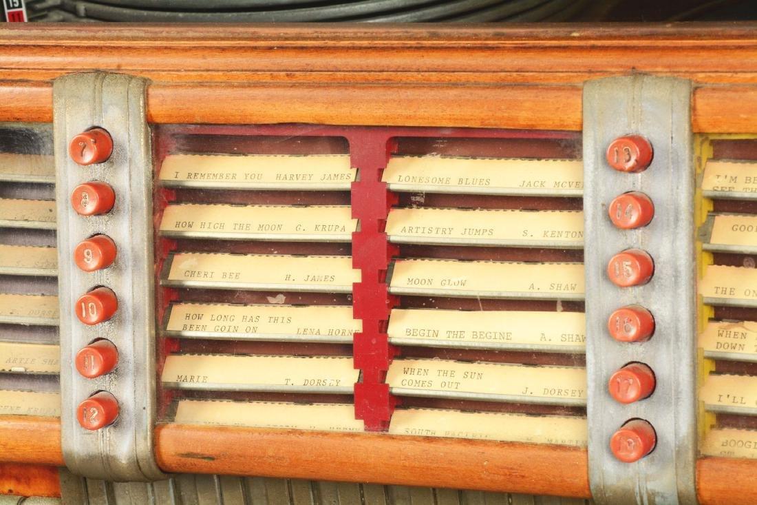 Multi-Coin Wurlitzer Model 1015 Jukebox. - 6