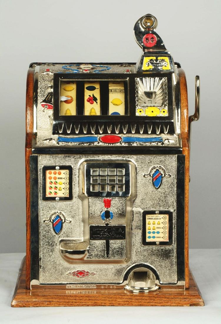 **5¢ Mills/Rockola Reserve Slot Machine. - 3
