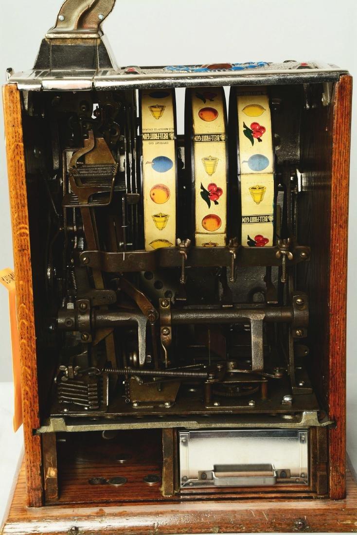 **5¢ Mills/Rockola Reserve Slot Machine. - 6