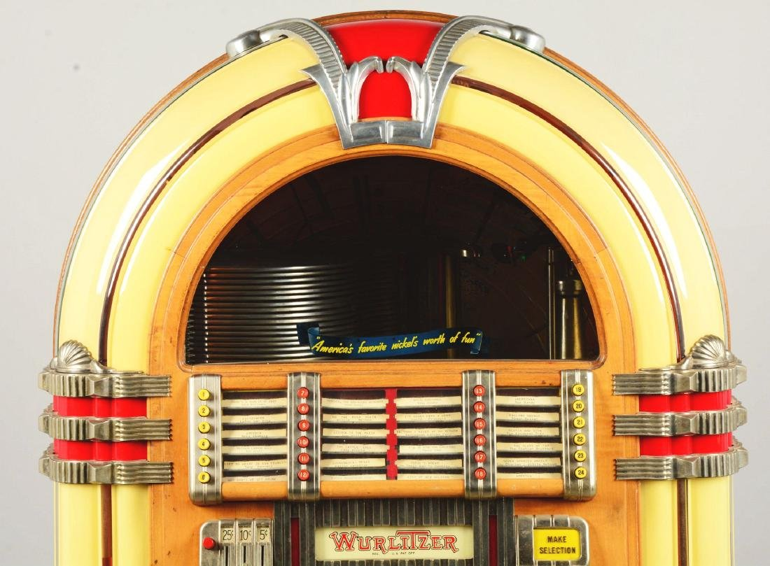 Multi-Coin Wurlitzer Model 1015 Jukebox. - 5