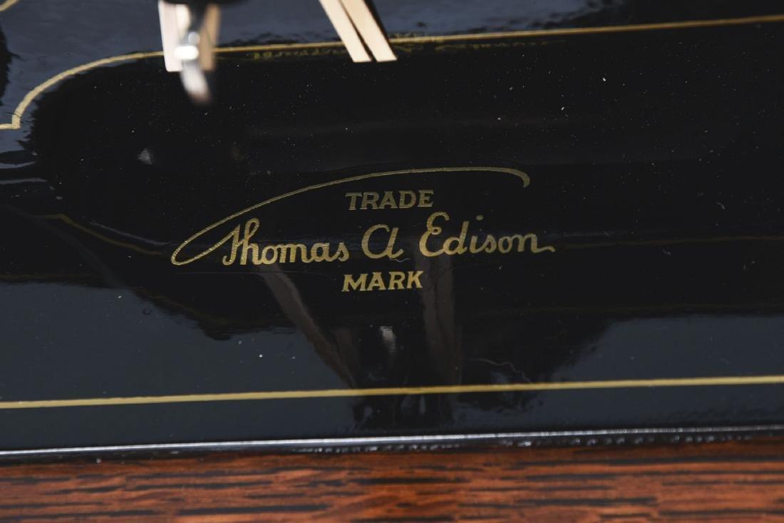 Edison Triumph Phonograph Model D. - 3