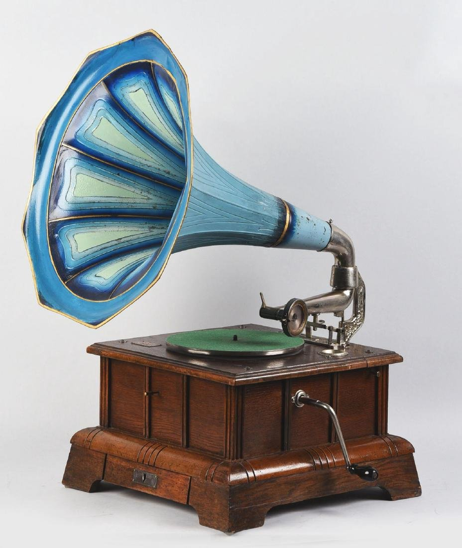 European Coin-Operated Phonograph. - 4