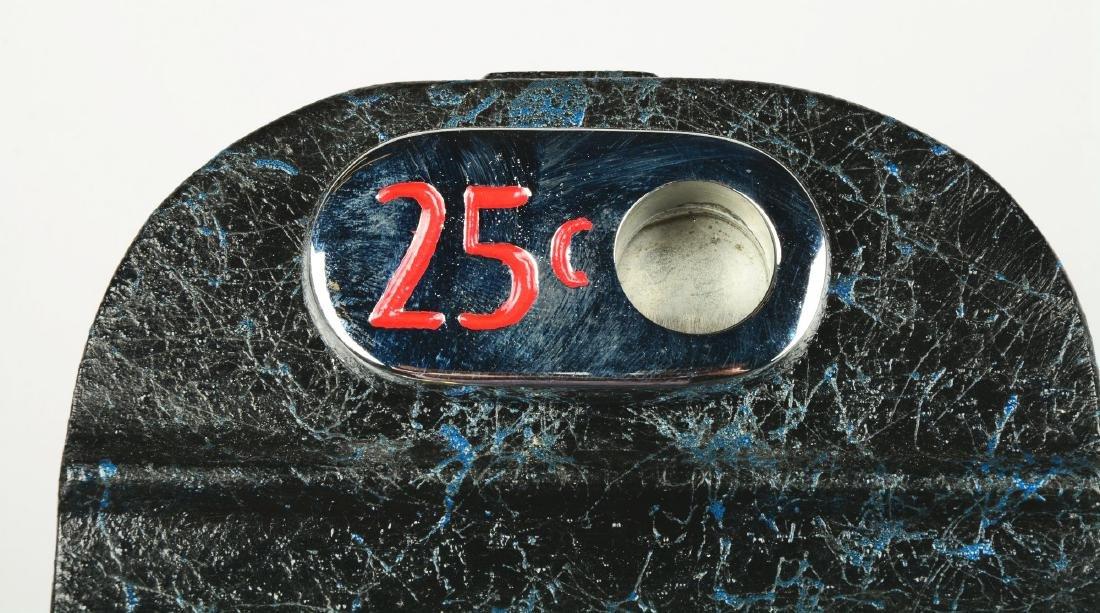**Fantasy 25¢ Mills Hole In One Slot Machine. - 4