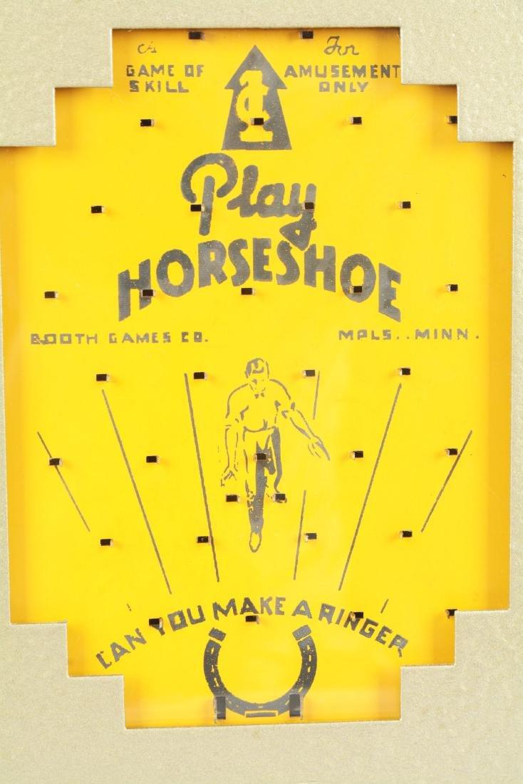 1¢ Play Horseshoe Coin Drop Amusement Machine. - 3
