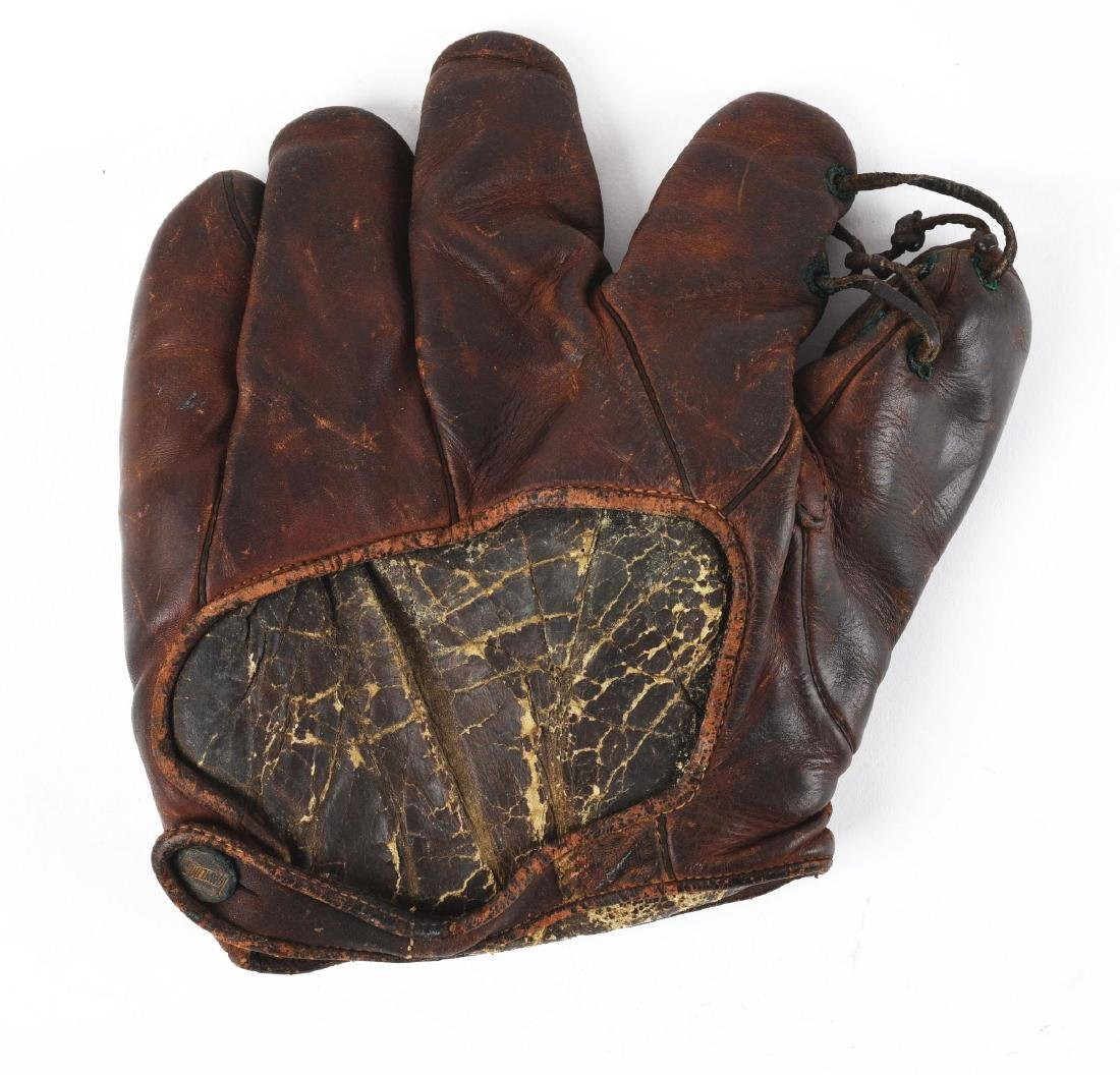 Lot Of 2: Charlie Wagner Game Used Glove & Photograph. - 2