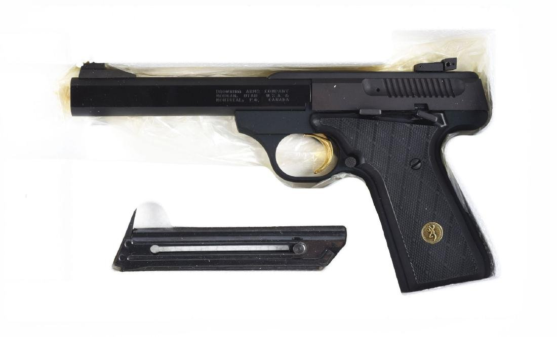 (M) Boxed Browning Buck Mark .22 Semi-Automatic Pistol. - 6