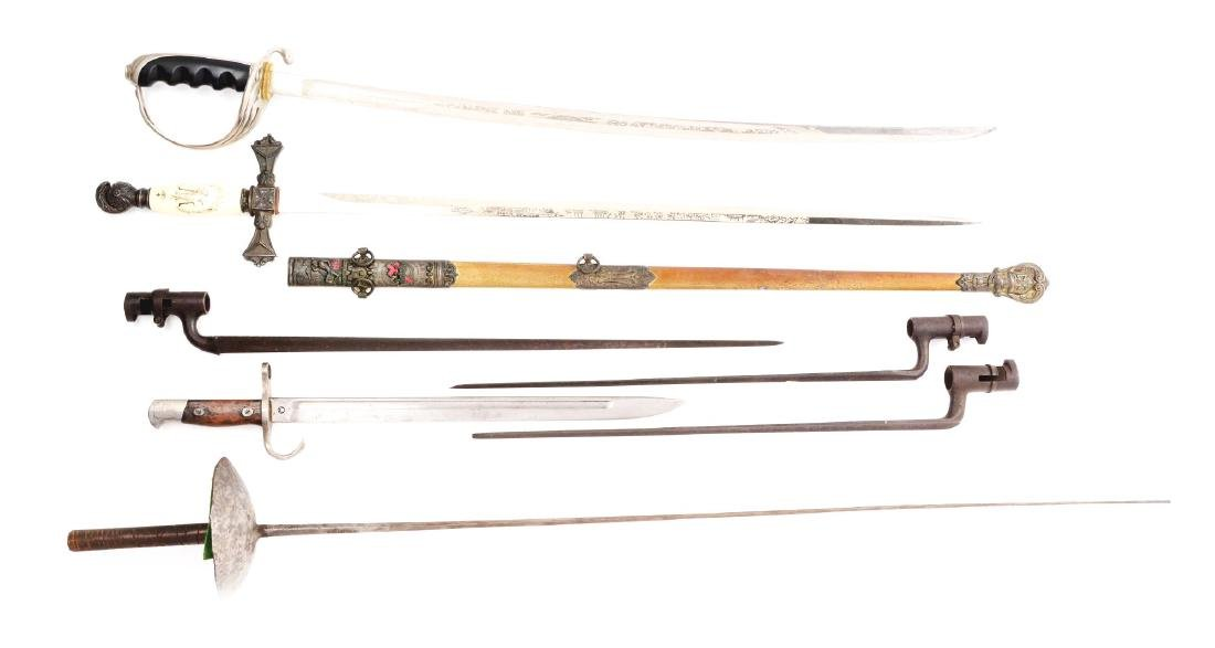 Lot of 7: Swords & Bayonets.