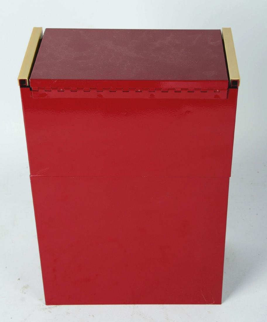Salesman Sample Snap-On Tool Cabinet. - 4