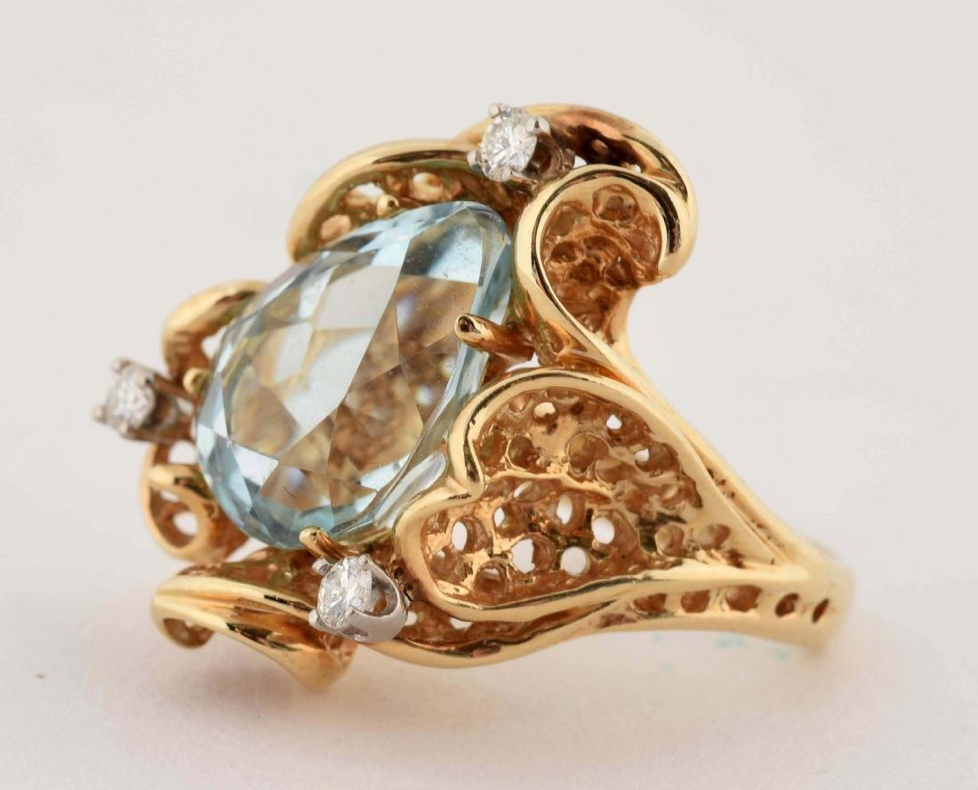 14K Yellow Gold Diamond Aquamarine Ring. - 3