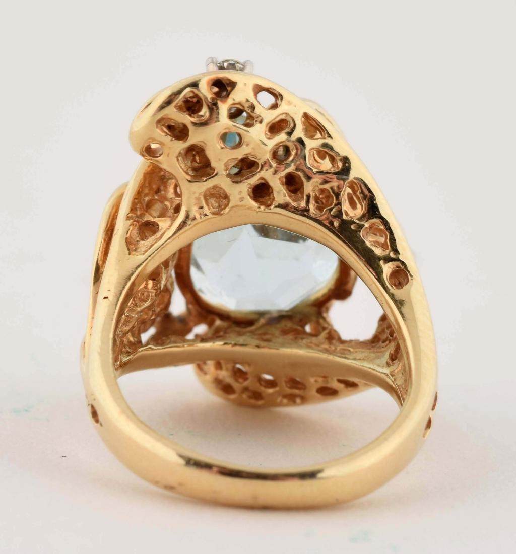 14K Yellow Gold Diamond Aquamarine Ring. - 4