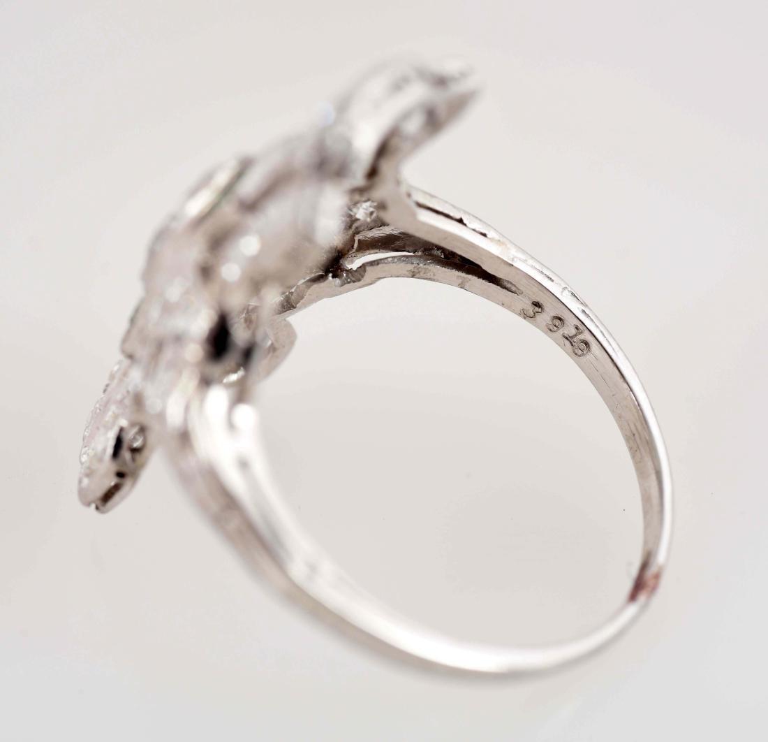 18K White Gold Antique Diamond Ring. - 6