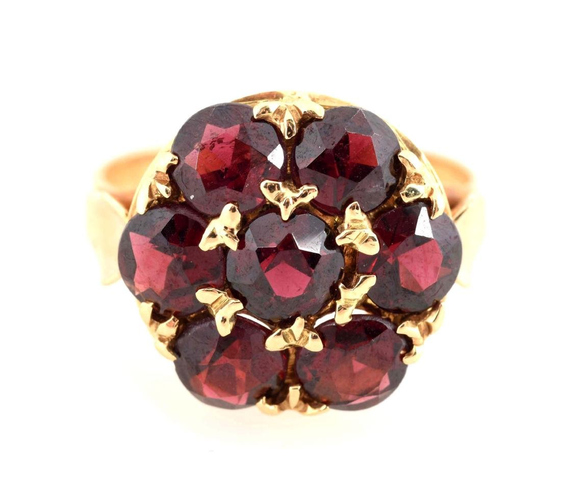 18K Yellow Gold Garnet Ring.