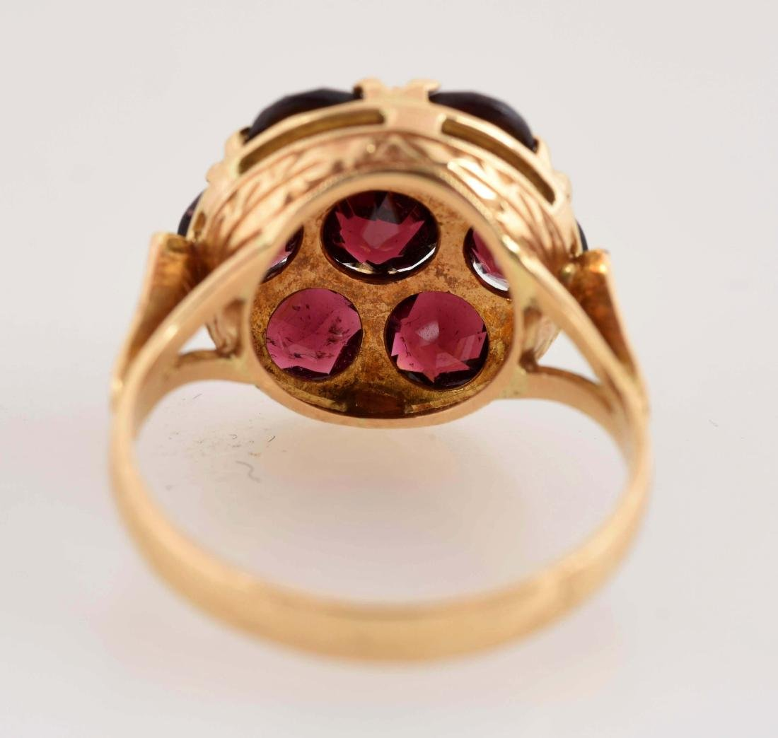 18K Yellow Gold Garnet Ring. - 5