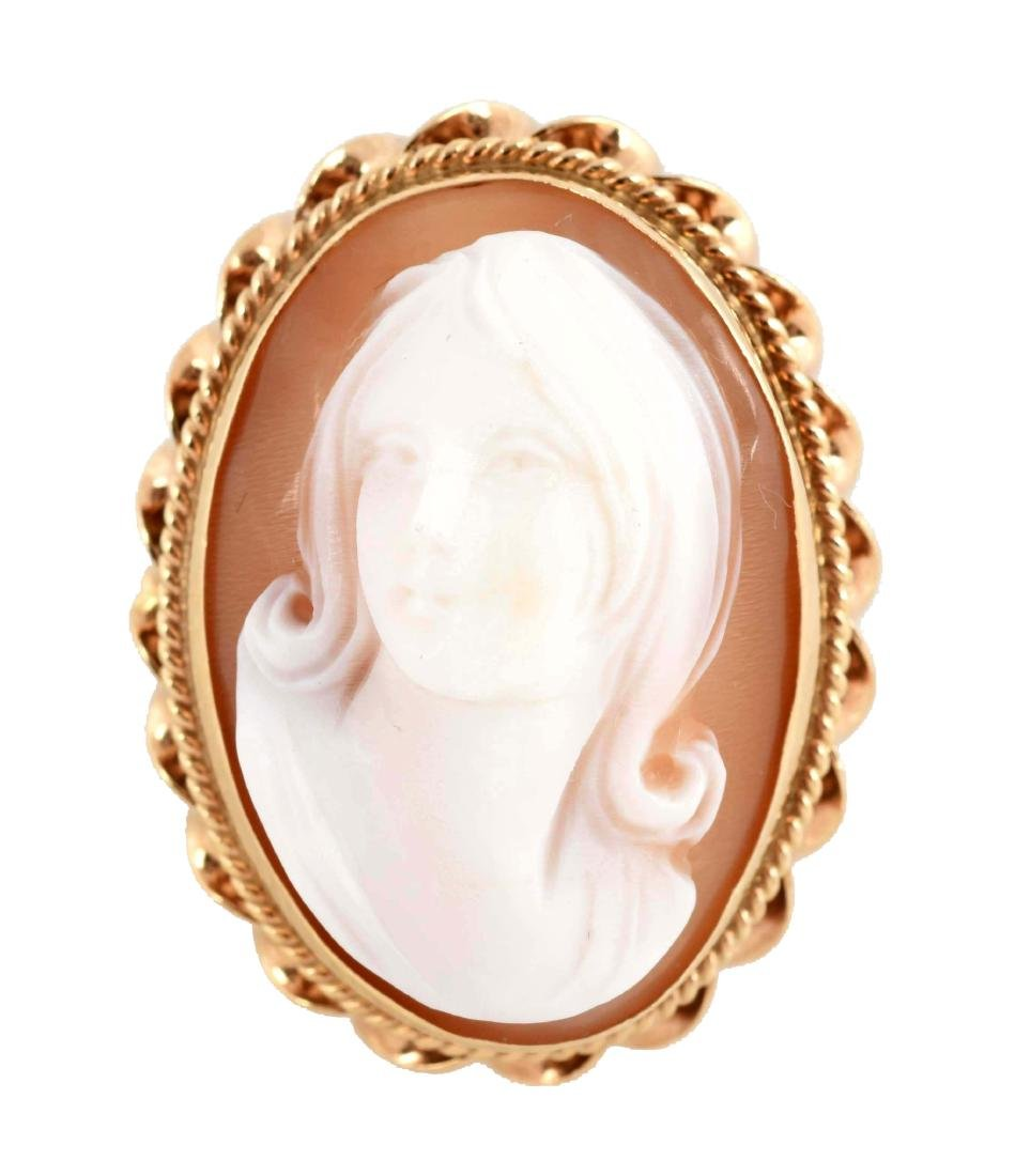14K Yellow Gold Cameo Ring of Young Girl.