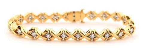 18K Yellow Gold Diamond Bracelet.