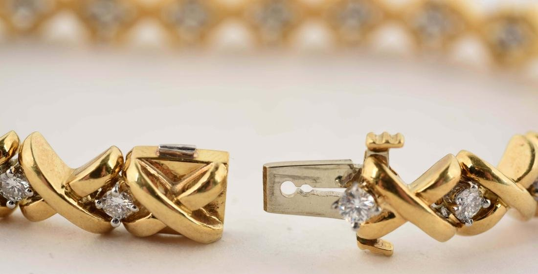 18K Yellow Gold Diamond Bracelet. - 3