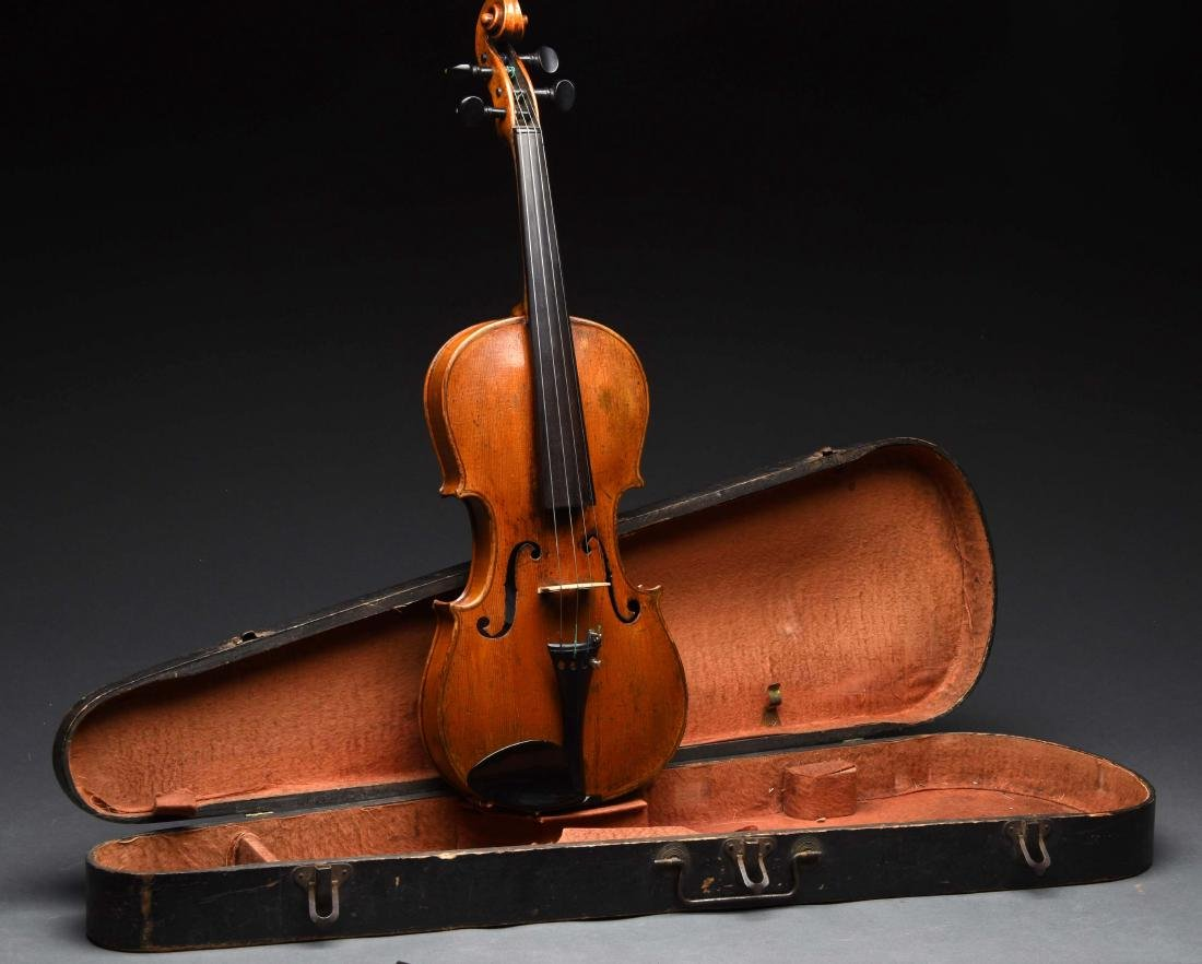 Old Antique 4/4 Violin In Case.