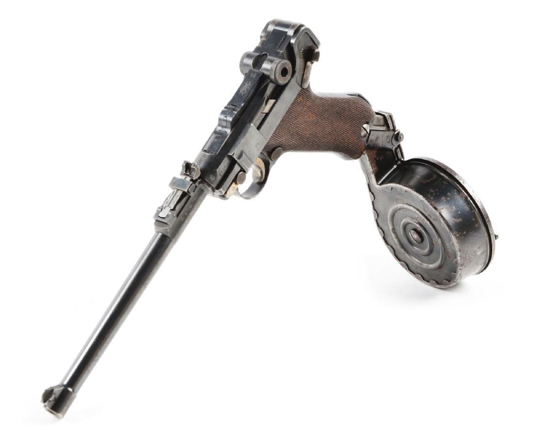 (C) 1915 DWM Artillery Luger With Snail Drum Magazine.