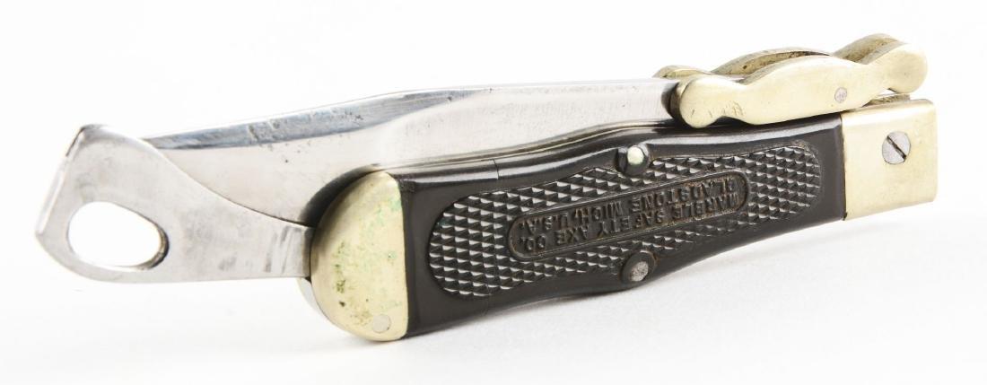M.S.A. Co. Gladstone Early Folding Safety Hunter Knife. - 3