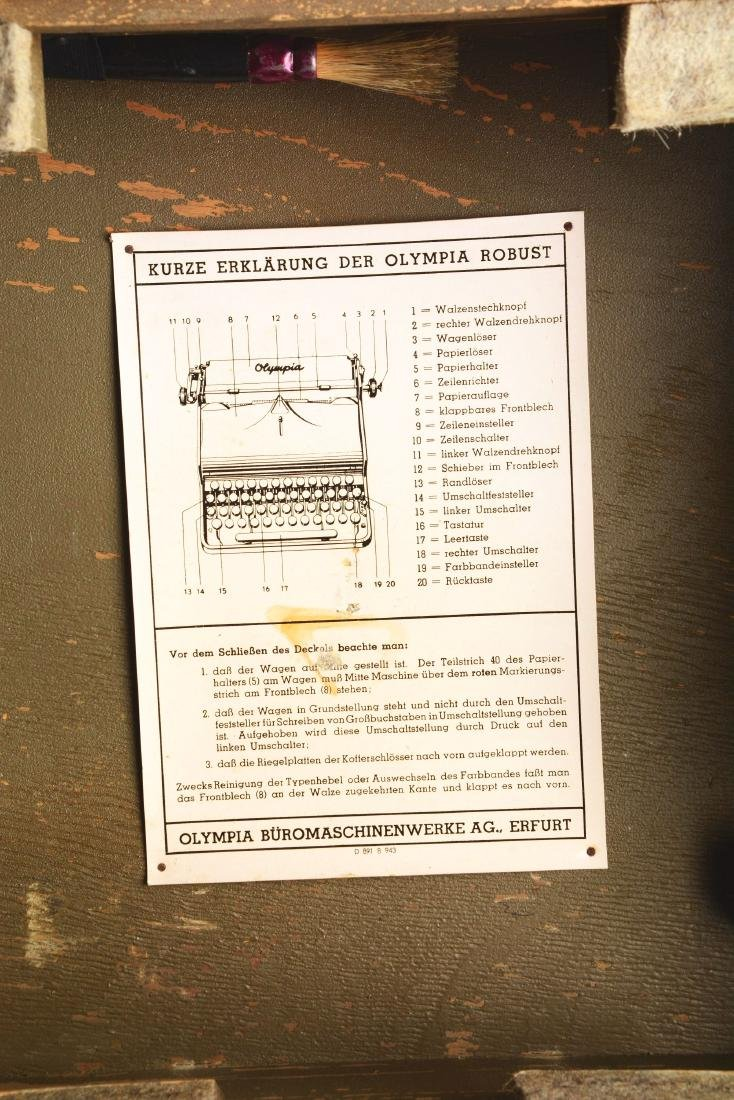 German World War II Military Olympia Typewriter. - 5