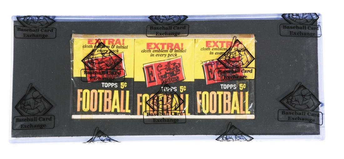 1961 Topps Football Unopened Grocery Tray.