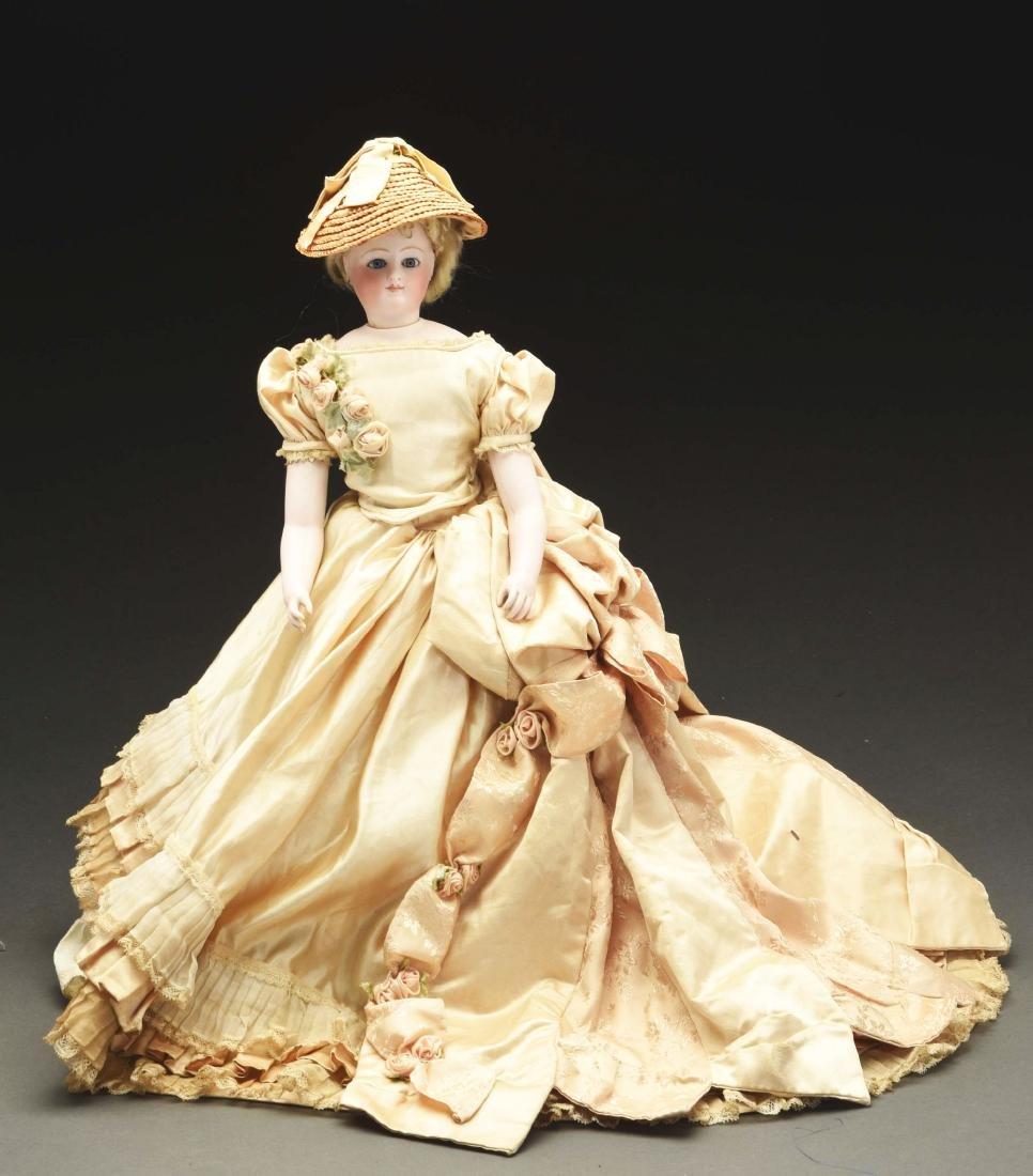 Impressive French Fashion Doll.